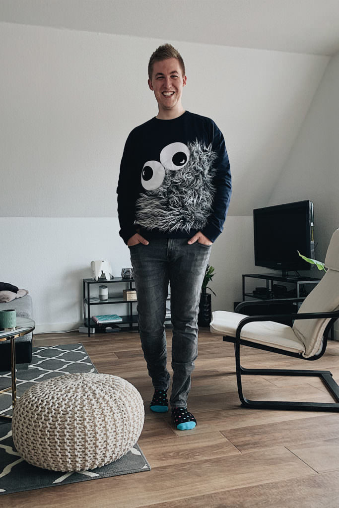 WOLL-E - Monster Pullover 1